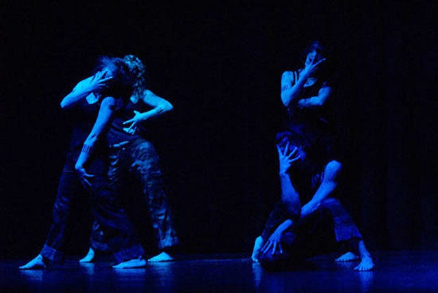 Lurainya Koerber and her dance company performing modern fusion during her annual World Dance Extravaganza