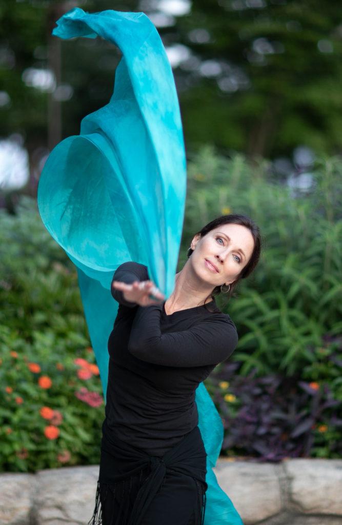 Lurainya Koerber bellydance demonstration with blue silk veil
