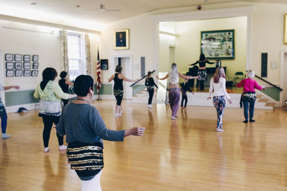 Lurainya Koerber teaching a belly dance workshop in Doylestown, PA